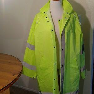 Neese rain coat size L